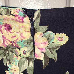 Lush Shorts - Flowers summer shorts